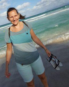 aktion kindertraum karinaweiss blog 1 240x300 - Karina weiß, wie es sich am Rande anfühlt