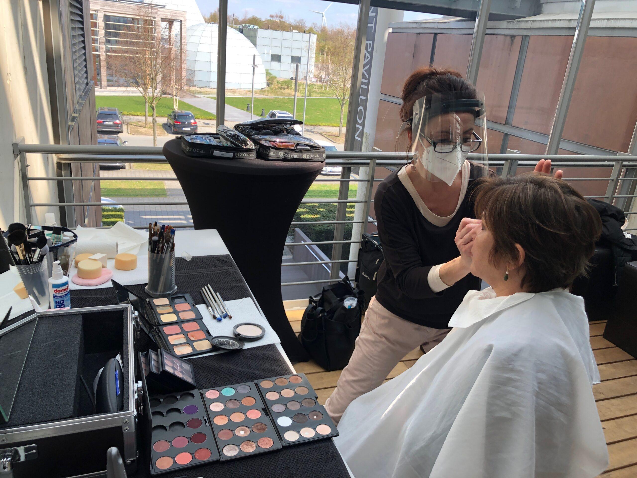 """AktionKindertraum Ute Friese Maske scaled - Unsere 2. Talkshow: Transparenz im """"Blickpunkt"""""""