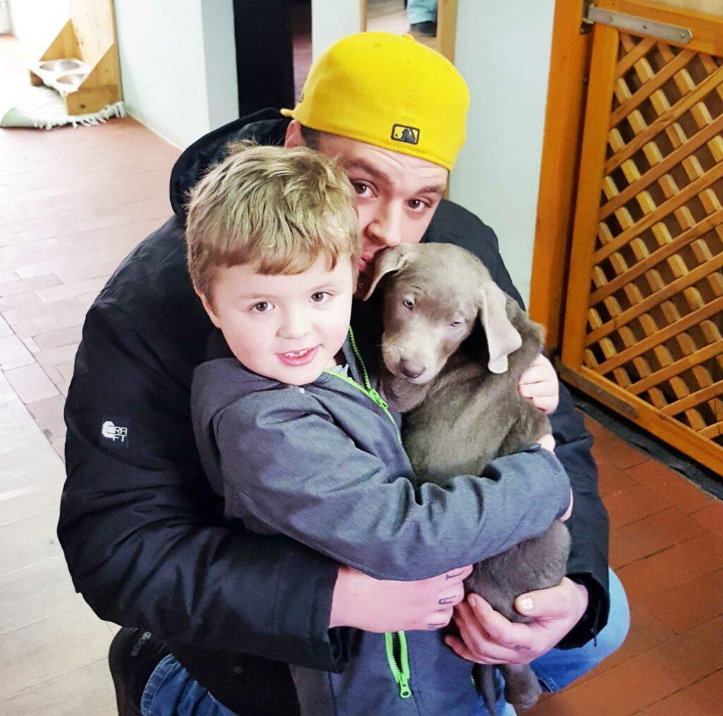 Aktion Kindertraum Blog Jesse Zuma Famile 1024x1014 - Jesses Diabetes-Warnhund vergiftet